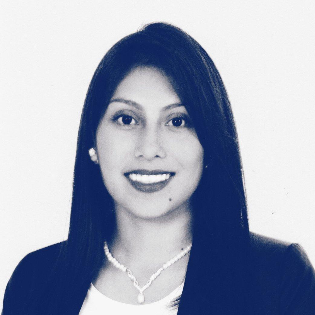 Paola López
